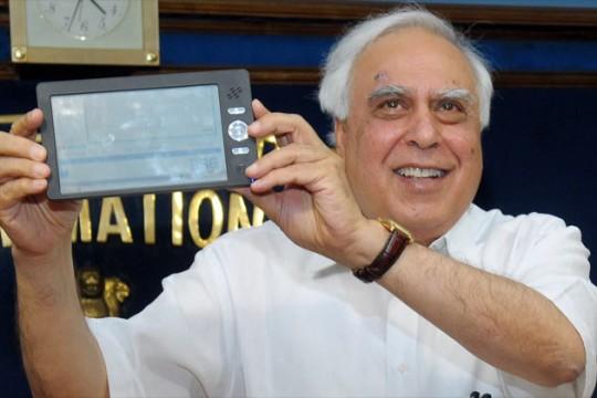 Индийский планшет Akash стоит всего 45 долларов