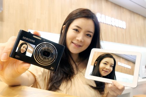 Фотоаппарат Samsung DV300F