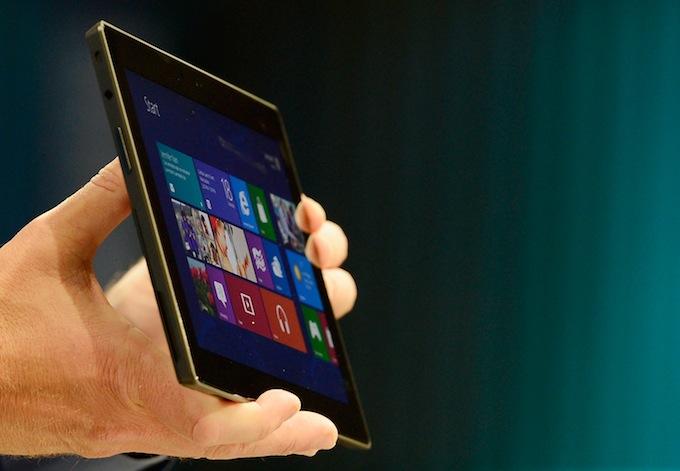 Планшетный компьютер Microsoft Surface 2.0