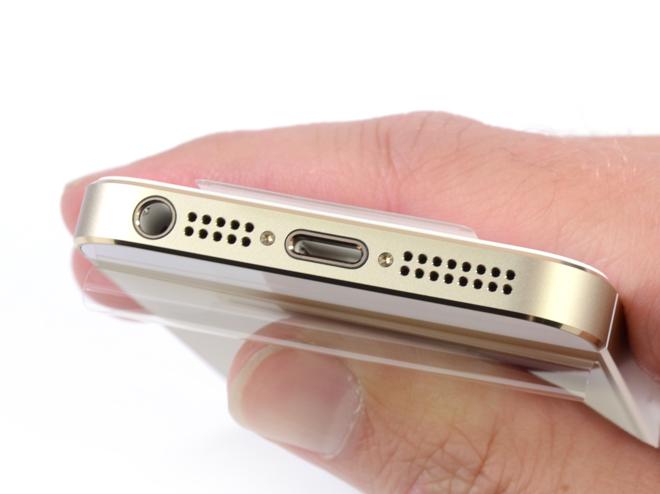 Apple iPhone Lightning