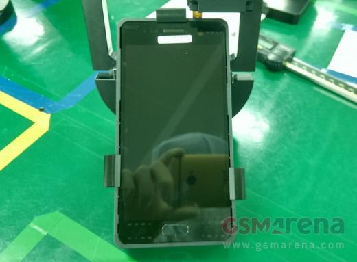Фотографии Galaxy S7 с завода