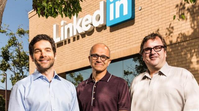 Microsoft покупает LinkedIn